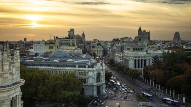 Timelapse of Sunset on Plaza de Cibeles, Madrid.