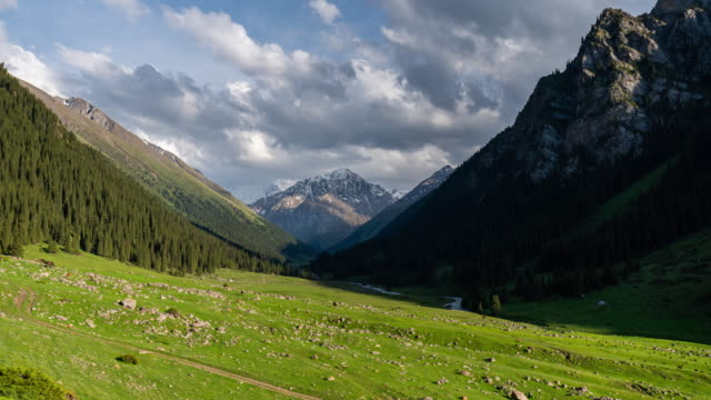 timelapse of the altyn-arashan valley in kyrgyzstan - valley stock videos & royalty-free footage