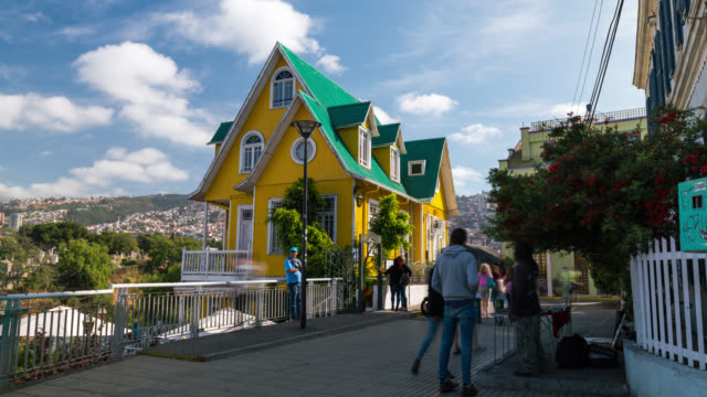 Timelapse of the colonial house in Valparaiso