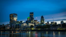 Timelapse of the Dawn over the city of London