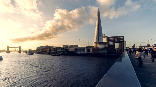 Time-lapse of the early morning rush hour over London Bridge