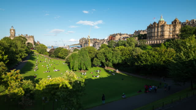 Timelapse of the Edinburgh old town
