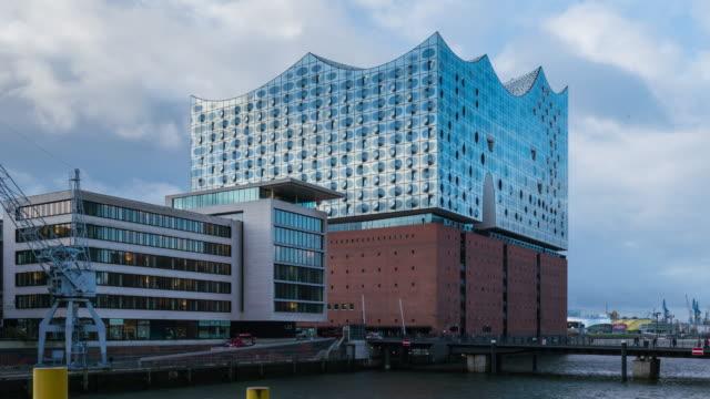 HAMBURG: TimeLapse of the Elbphilharmonie Laeiszhalle Hamburg