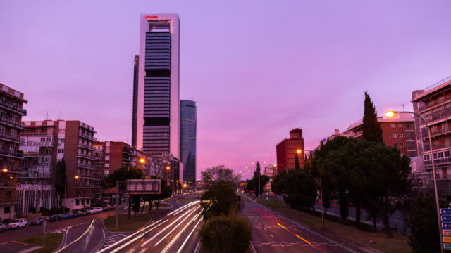 Time-lapse of the Four towers at sunset