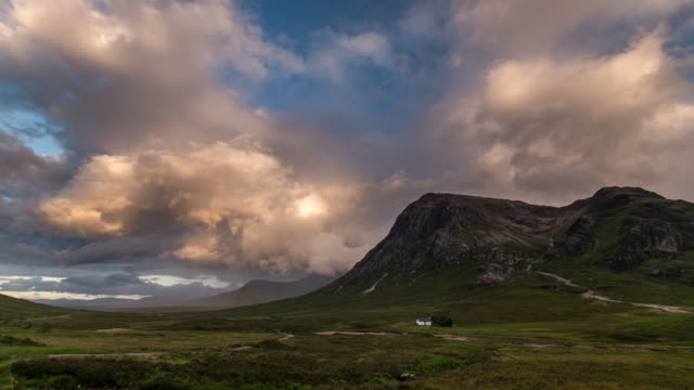 Timelapse of the Glencoe mountains before sunset