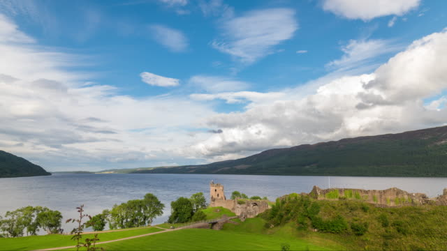 Timelapse of the iconic Urquhart Castle at Loch Ness