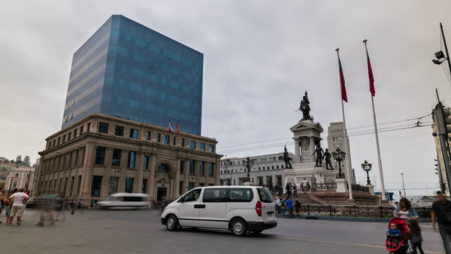 Timelapse of the main square in Valparaiso