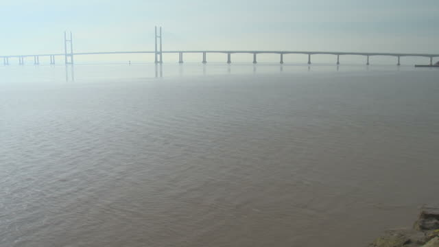 Timelapse of the retreating (ebb) tide on the Severn estuary at the spring equinox.