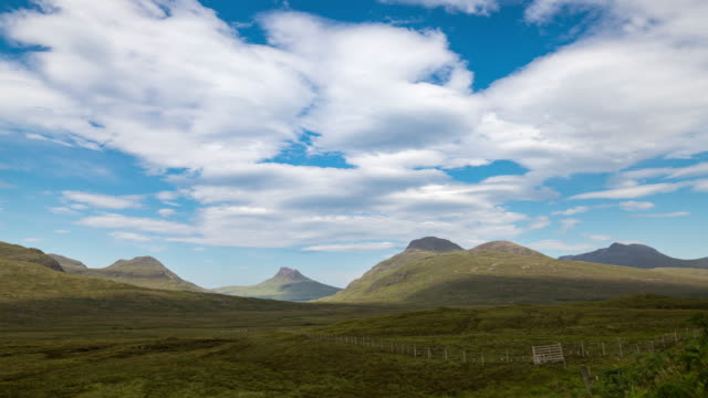timelapse of the scottish highlands - insel skye stock-videos und b-roll-filmmaterial