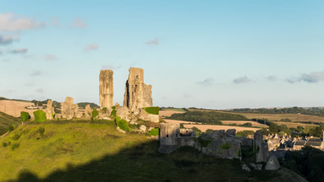 CORFE CASTLE - TL: TimeLapse of the sunset at Corfe Castle