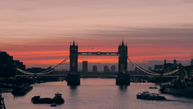 Time-lapse of Tower Bridge at sunrise, London, UK