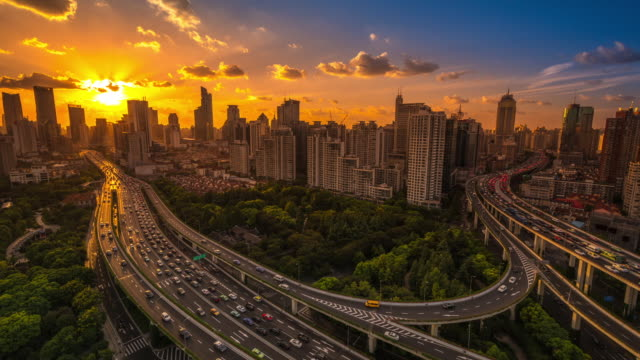 timelapse of traffic driving into the distance, shanghai, china - shanghai stock-videos und b-roll-filmmaterial