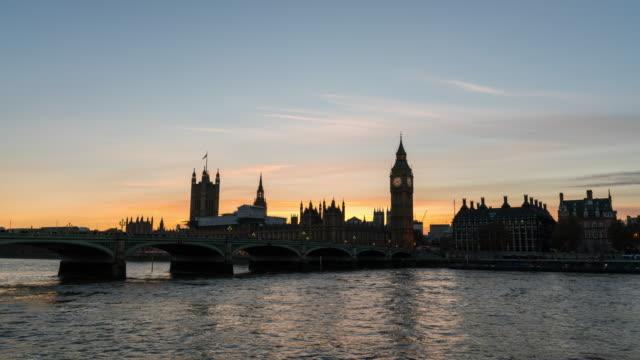 LONDON: TimeLapse of Westminster durning Sunset