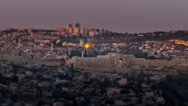 time-lapse overlooking old city jerusalem from the west of the city. - jerusalem stock videos & royalty-free footage
