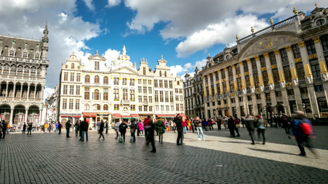 HD Time-lapse panning: City Pedestrian at Grand Place Brussels Belgium