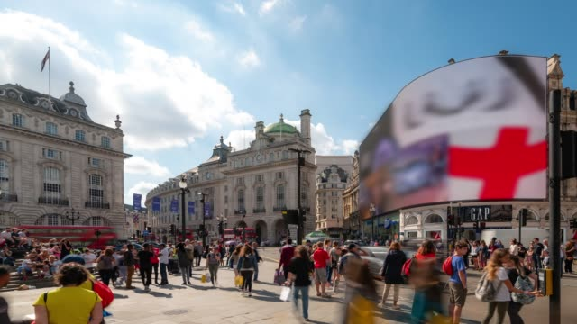 time-lapse: pedestrian commuter crowd at piccadilly circus downtown in london england uk - high street stock videos & royalty-free footage