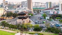 Time-lapse: Pedestrians at Heunginjimun Dongdaemun gate in Seoul South Korea