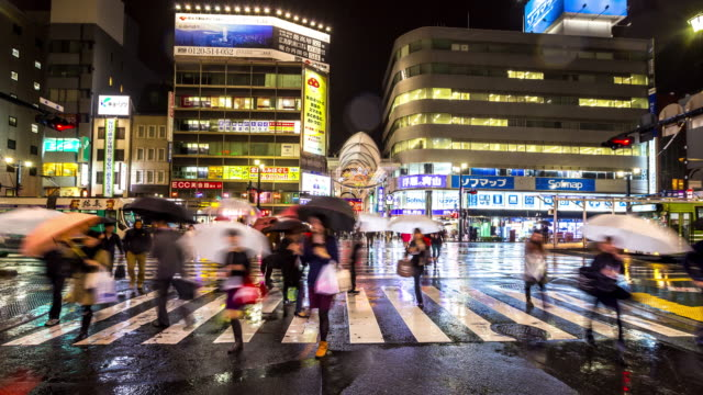 4K Time-lapse: Pedestrians crowded shopping at hondori arcade Hiroshima downtown