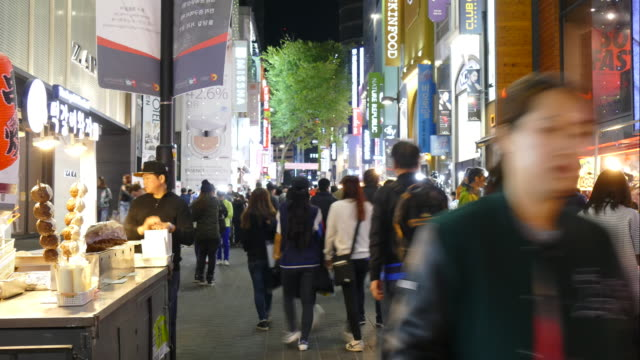 Time-Lapse people crowded at Myeongdong Steet Market,Seoul City