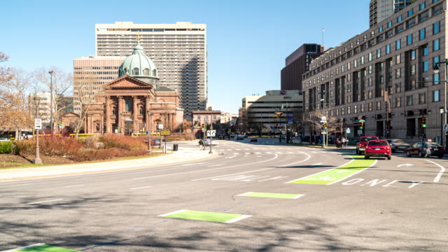 time-lapse: philadelphia cityscape at logan square cathedral basilica of saints peter and paul - logan circle stock videos and b-roll footage