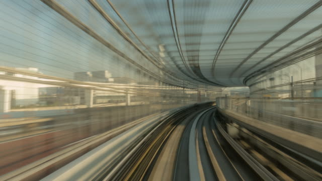 time-lapse: Riding monorail in Tokyo Japan