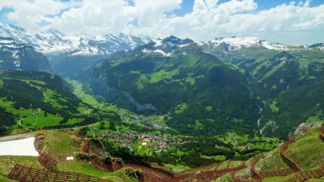 time-lapse shot of mannlichen mountain (popular hiking route) in european alps - berner alpen stock-videos und b-roll-filmmaterial
