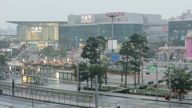 Time-Lapse Shot of Seoul Station