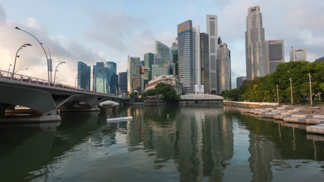 4k time-lapse: singapore cityscape skyscraper office financial and central business district in the morning, zoom out - geographical locations stock videos & royalty-free footage