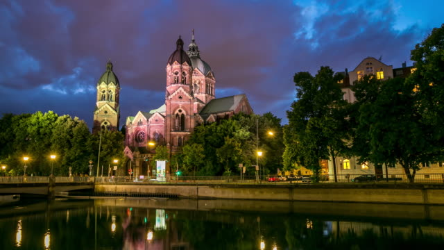 4K Time-lapse: St. Lukas pink church Munich at dusk