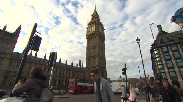 timelapse street scenes outside houses of parliament - tourism stock videos & royalty-free footage