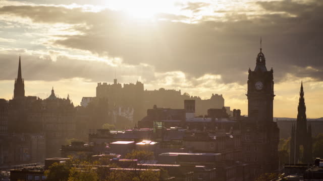 Timelapse - Sunset over Edinburgh, Scotland