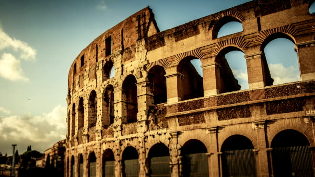 timelapse: the colosseum of rome hd video - imperium bildbanksvideor och videomaterial från bakom kulisserna