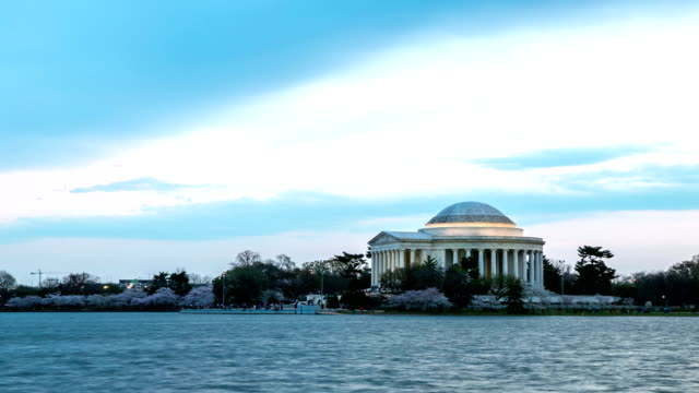 HD Time-lapse: Thomas Jefferson Memorial building Washington, DC,