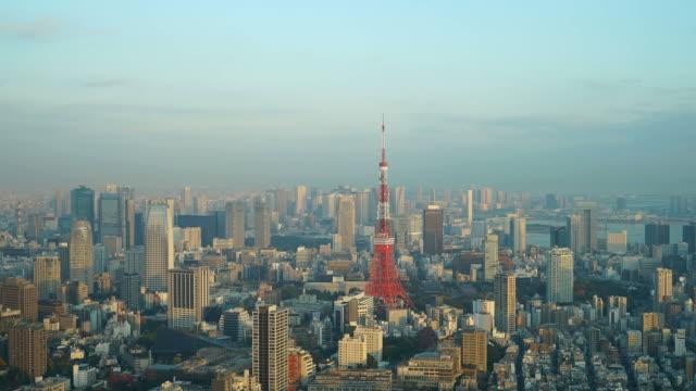 東京市の東京タワーのタイムラプス