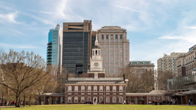 time-lapse: tourist crowded at independence square in philadelphia downtown usa - independence hall stock videos & royalty-free footage