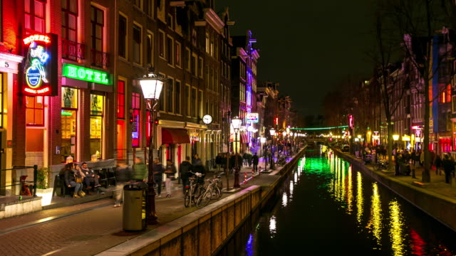 Time-lapse: Turisten Gol Amsterdams Red Light District natt, Netherland