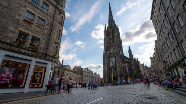 time-lapse: tourist pedestrian crowded at royal mile in old town edinburgh scotland uk - edinburgh scotland stock videos & royalty-free footage