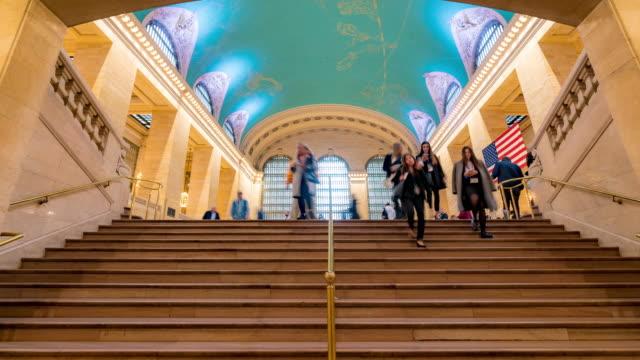 タイムラプス:ニューヨークグランドセントラル駅と地下鉄駅の観光客の歩行者の群衆 - グランドセントラル駅点の映像素材/bロール