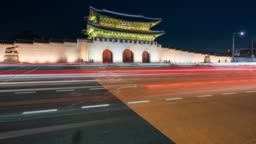 Timelapse traffic in front of Gyeongbokgung Palace