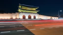 Timelapse traffic of car in front of Gyeongbokgung Palace at Seoul city, South Korea at night