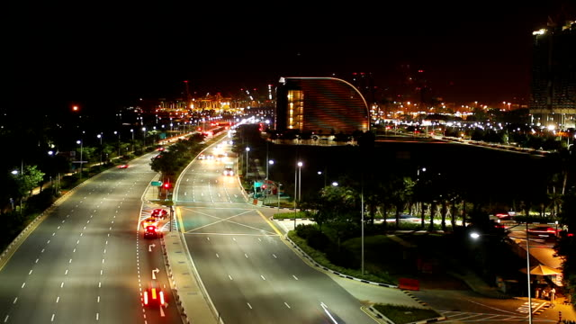 time-lapse: traffic, singapore city skyline at night - singapore river stock videos & royalty-free footage