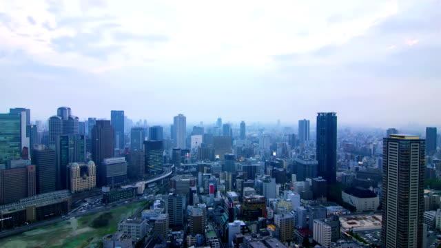 4K Time-lapse: verkeer straat Skyline, Osaka-Japan.