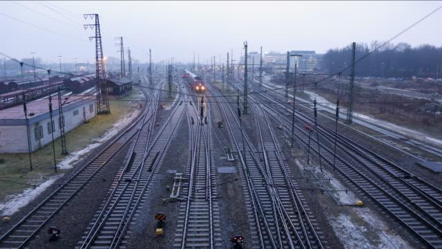 timelapse trainyard augsburg, germany - 操車場点の映像素材/bロール