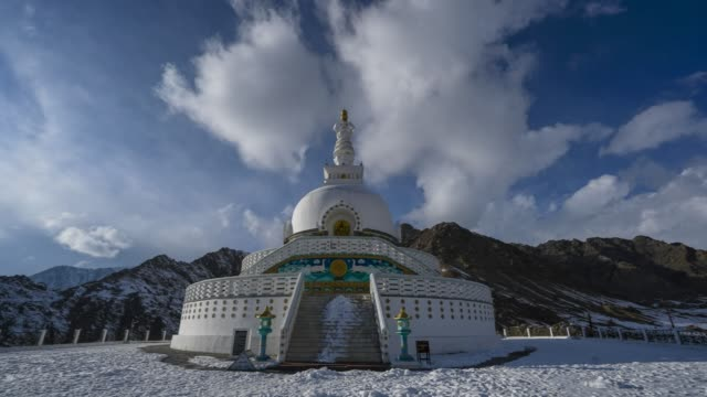 Time-lapse view of Shanti Stupa in winter.