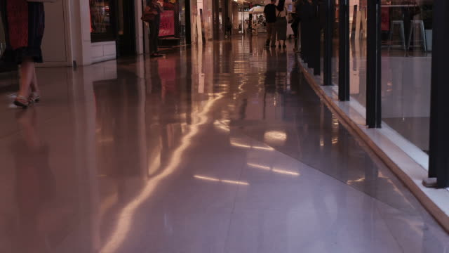 HD time-lapse : Walking people in shopping centre