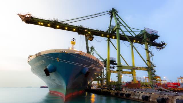 time-lapse: Working at Singapore Shipyard Port Terminal morning twilight