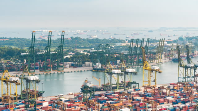 4K time-lapse LS: Working at Singapore Shipyard Port Terminal