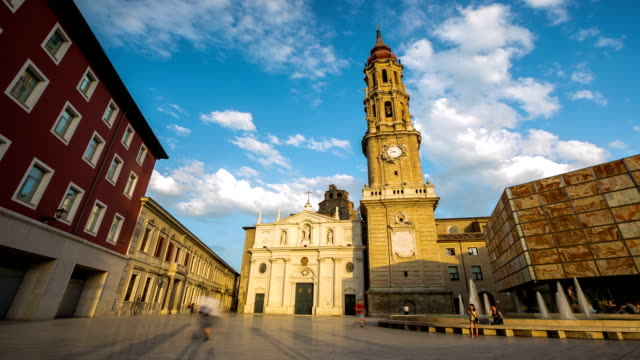 HD: time-lapse: Zaragoza Cathedral, Spain