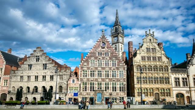 vidéos et rushes de hd time-lapse zoom arrière:  ancienne ville de gand, en belgique - belgique