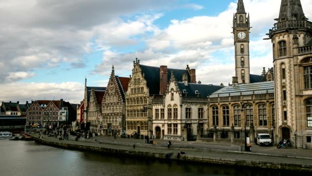 hd タイムラプス(ズームアウト): ベルギーハンメルフェスト古代都市 - ベルギー点の映像素材/bロール